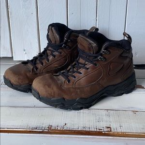 Vintage Nike ACG hiking boots leather size 8.5